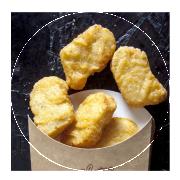 Nuggets + patatas + bebida + postre  ·  6,90 €